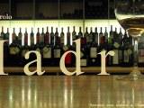 Enoteca Barolo: 2000 vinos para quedar como unrey