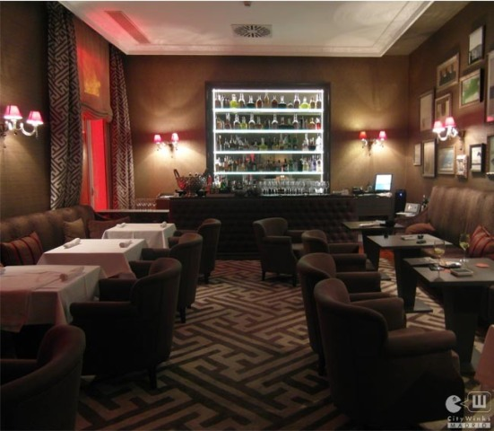 CityWinks Madrid - AC Palacio del Retiro The Suite Bar 2