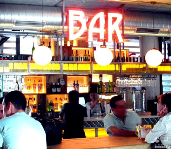 Mercado San Ildefonso_CityWinks Madrid_Bar