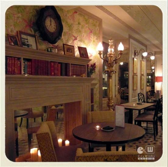 Café de Oriente_ Madrid_CityWinks_Salón con chimenea