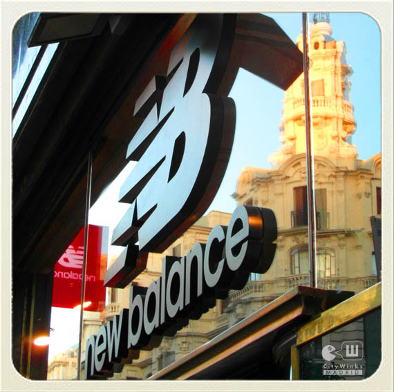 CityWinks Madrid_New Balance_Mistura_Letrero